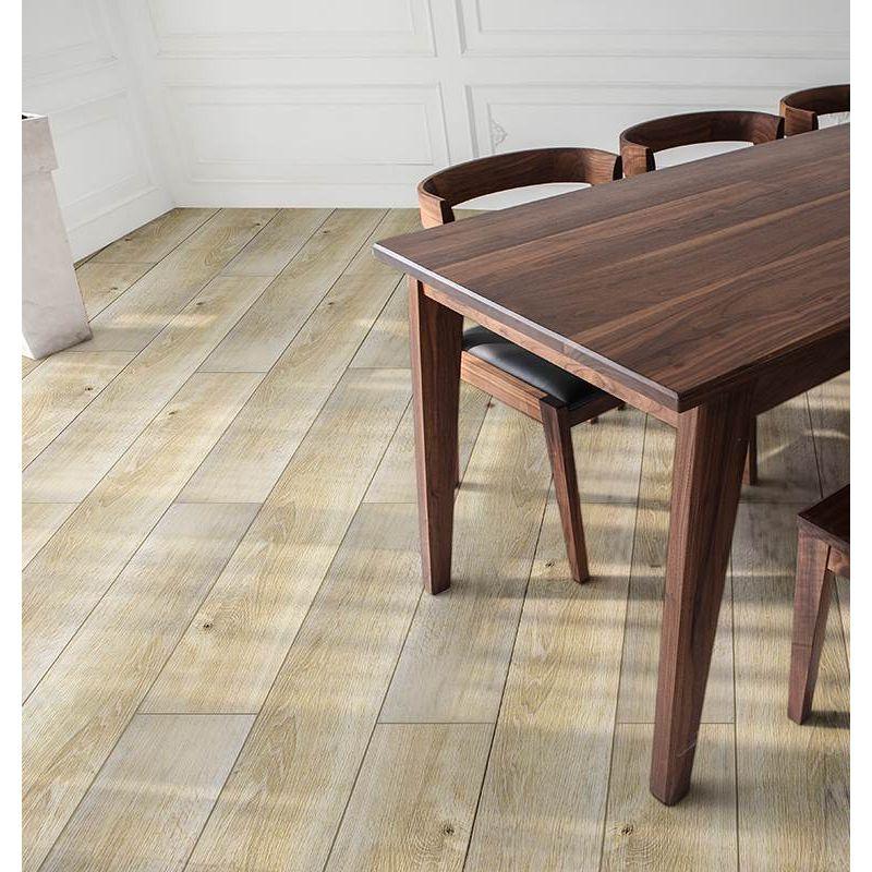 pisos-vinilicos-pisos-madera-klipen-spc-estonia-4mv-1219x183x4-2-amarillo-kf04am081-1.jpg