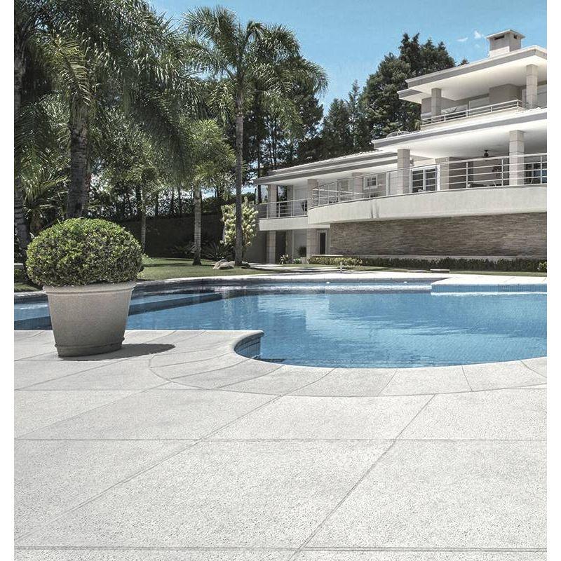 concreto-arquitectonico-pisos-neutro-areia-borde-interior-grezzo-40x50x10-gris-at04gr204amb-1.jpg